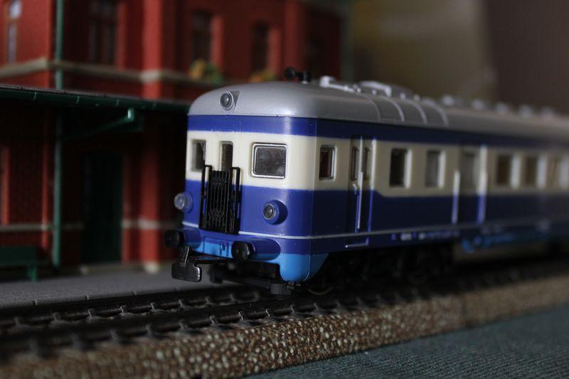 Züge bunt gemischt... 14045425ju