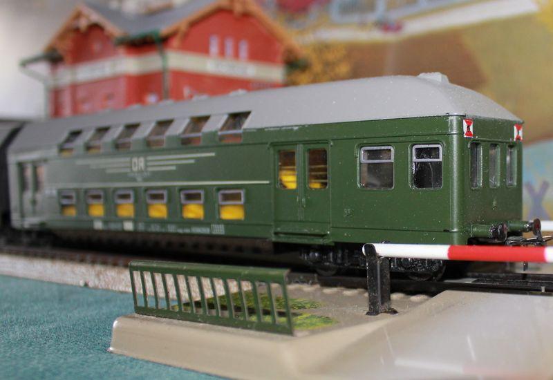 Züge bunt gemischt... 14045916fu