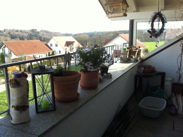 balkon sichtschutz mauer wenko sichtschutz mauer f r balkon und terrasse sichtschutz mauer. Black Bedroom Furniture Sets. Home Design Ideas