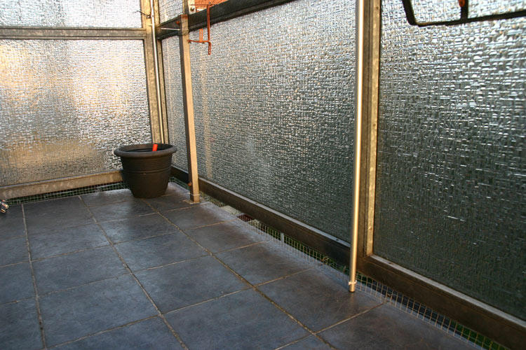 balkon katzensicher machen balkon katzensicher machen. Black Bedroom Furniture Sets. Home Design Ideas