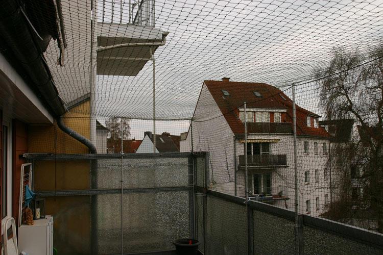 balkon im dachgeschoss katzensicher machen ich habe noch fragen seite 2 begrenzter. Black Bedroom Furniture Sets. Home Design Ideas