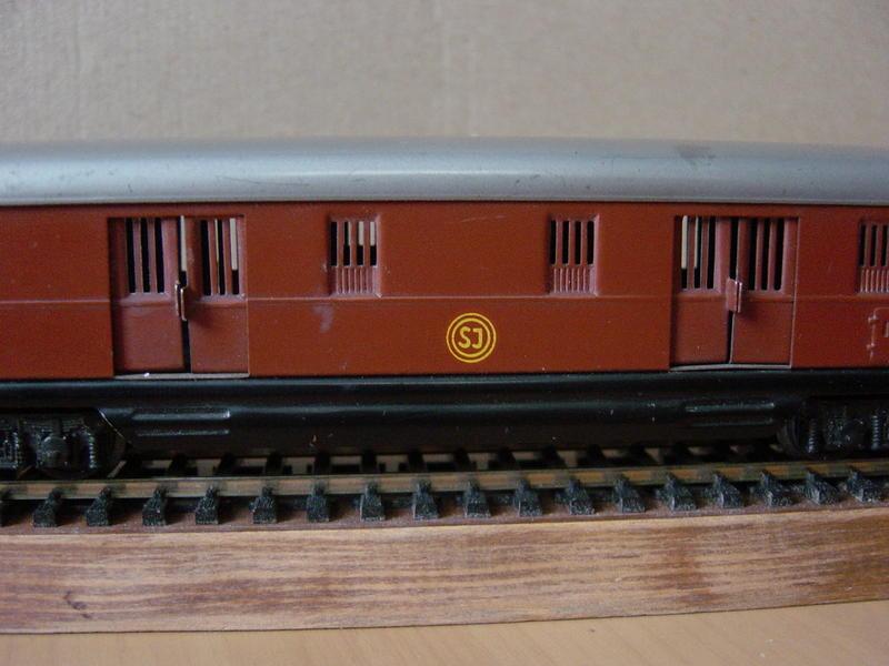 """""""Alter Schwede"""" D-Zug-Gepäckwagen SJ (MÄRKLIN Art.Nr.4021) 14303606ky"""