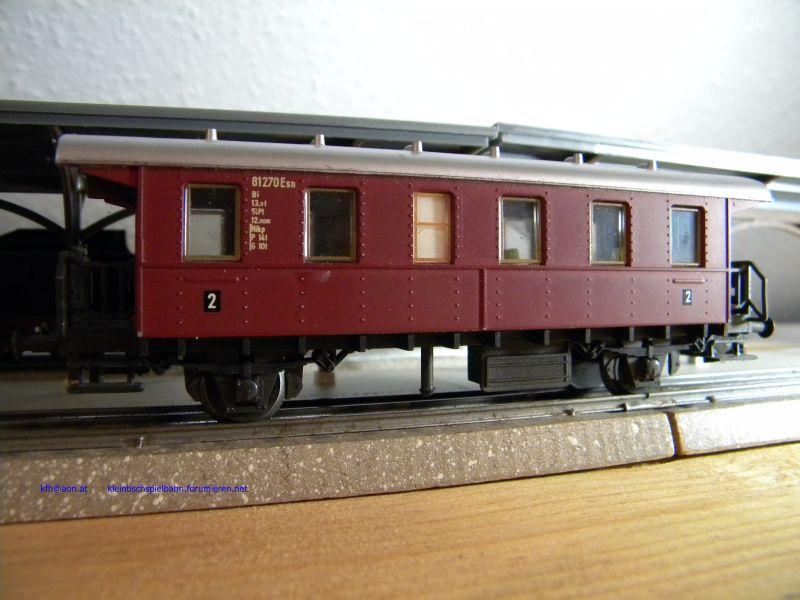 Liliput Personenwagen rot, 2achsig 14332814ib
