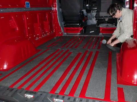 Crafter 4motion projekt das mercedes sprinter vw lt2 for Boden isolieren