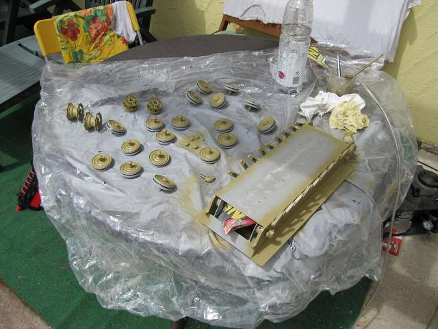 A King Tiger tank with real reduction gears, brushless motor - Pagina 3 15068742ss