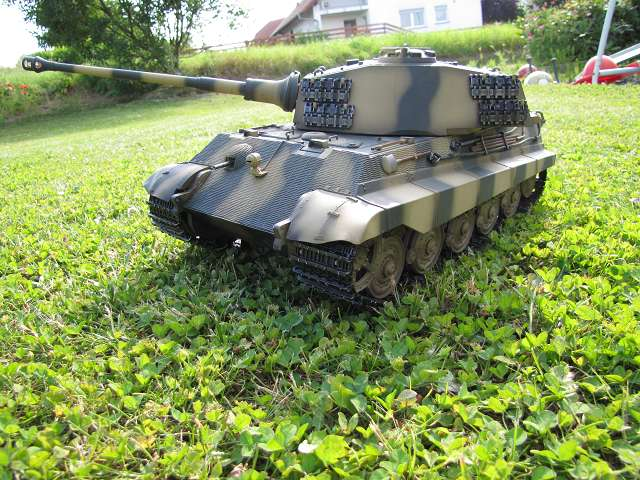 A King Tiger tank with real reduction gears, brushless motor - Pagina 3 15148409xi