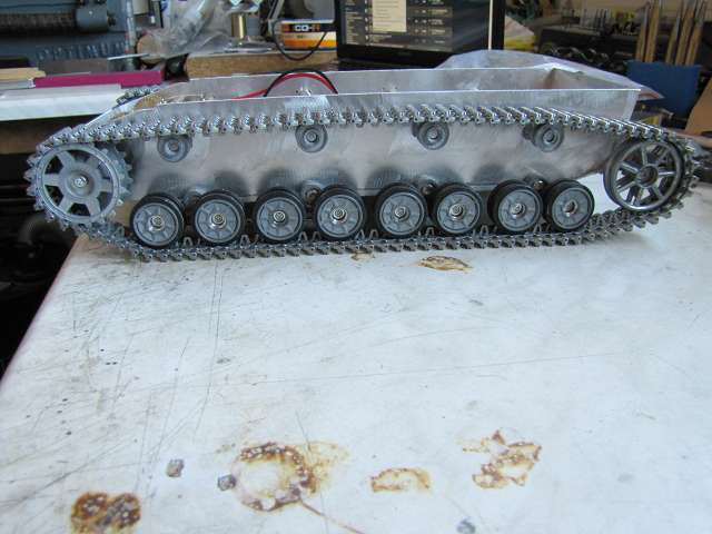 A Panzer IV tank made of aluminum and is formed with brushless motor - Pagina 2 15363278kh