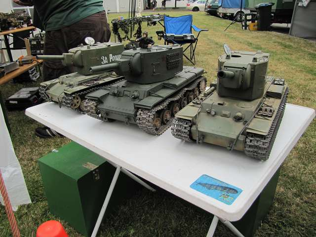 A tank meeting with us in Germany 15615884rx