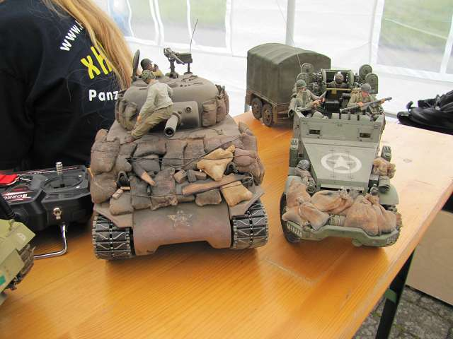 A tank meeting with us in Germany 15615886zr