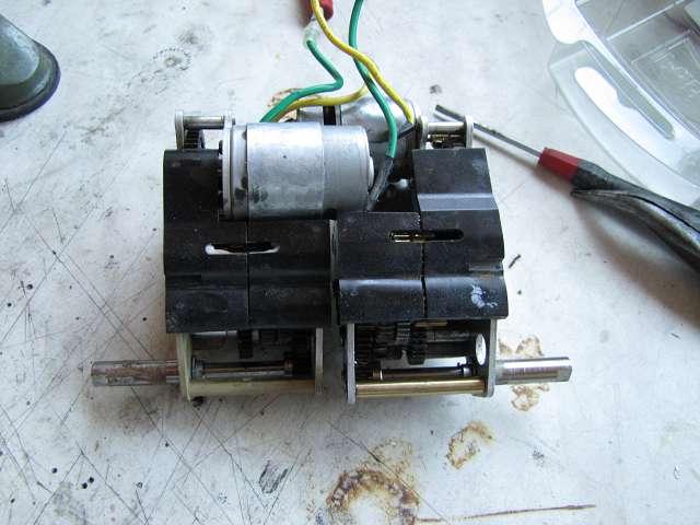 A Tamiya gearbox repair in 15737097kg