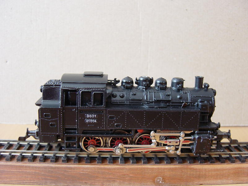 Varianten der Tenderlok BR 81-DB von MÄRKLIN 15989011ww