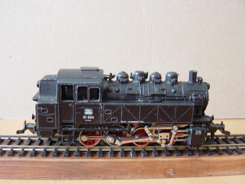 Varianten der Tenderlok BR 81-DB von MÄRKLIN 15989077sg