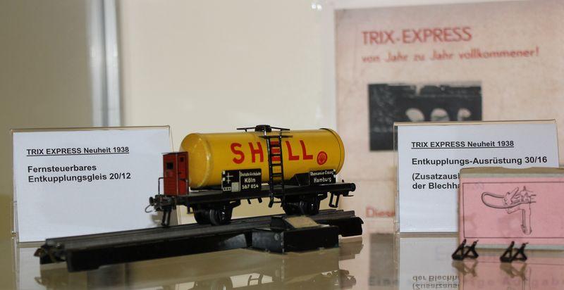 """Historische Modellbahnausstellung: 75 Jahre TRIX EXPRESS """"Automatik""""-Entkupplung 1938 16078984nz"""