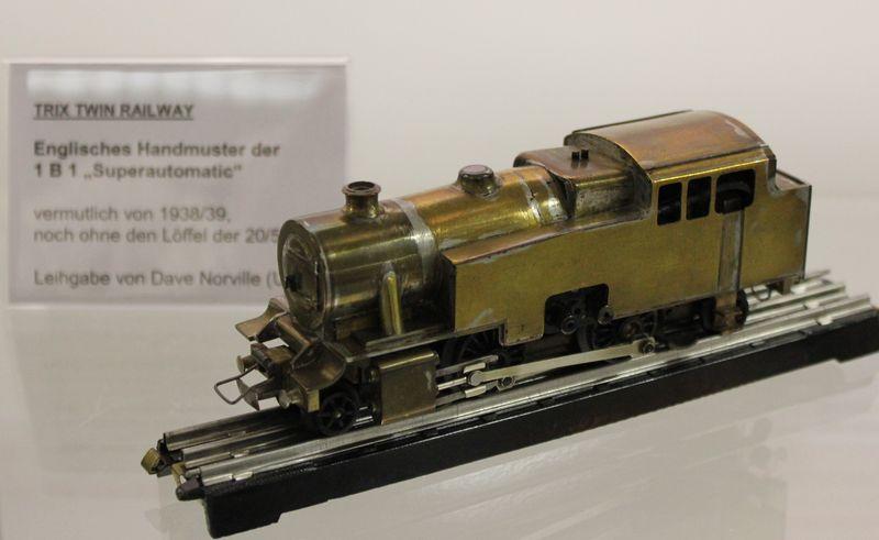 """Historische Modellbahnausstellung: 75 Jahre TRIX EXPRESS """"Automatik""""-Entkupplung 1938 16078988ux"""