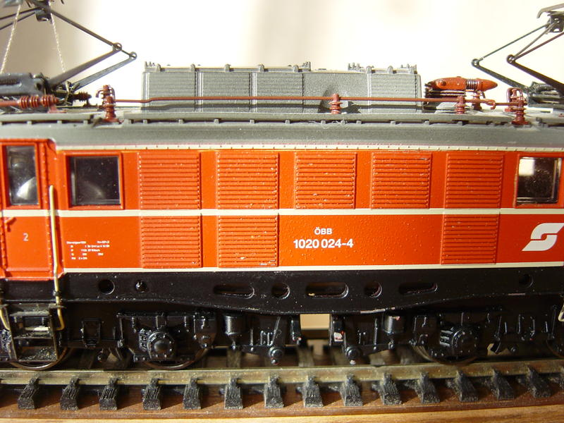 ÖBB E-Lok Baureihe 1020 (MÄRKLIN Art.Nr. 33221) 16155877vr