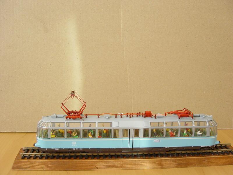 """Triebwagen BR 491 DB """"Gläserner Zug"""" (MÄRKLIN Art.Nr.37580) 16279034fs"""