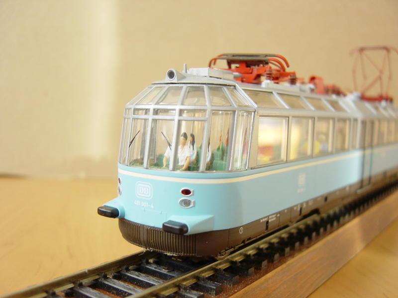 """Triebwagen BR 491 DB """"Gläserner Zug"""" (MÄRKLIN Art.Nr.37580) 16279107tc"""