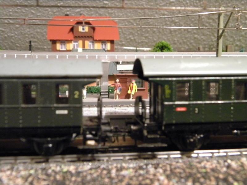 Märklin 329/1 bzw 4002 Personenwagen 2achsig grün 16499709pr