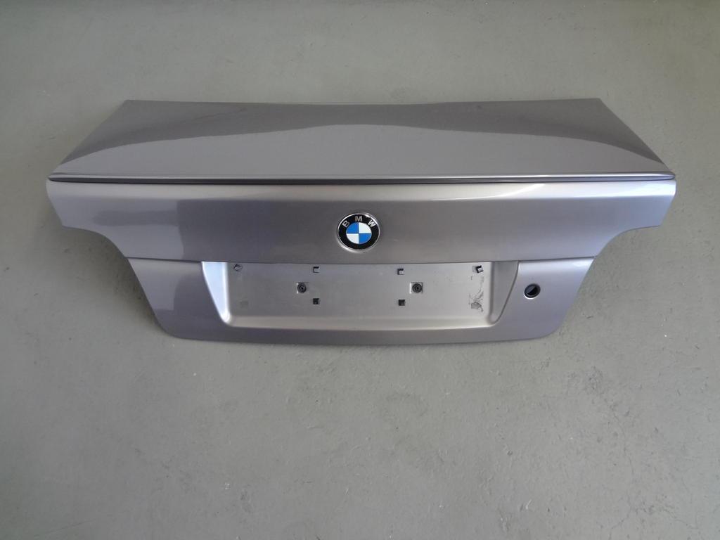 bmw 5er e39 limousine kofferraum heckklappe m spoiler. Black Bedroom Furniture Sets. Home Design Ideas