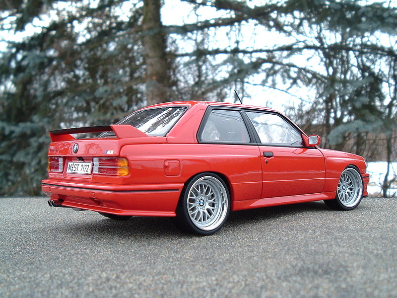bmw m3 e30 in rot mit bbs modelcarforum. Black Bedroom Furniture Sets. Home Design Ideas