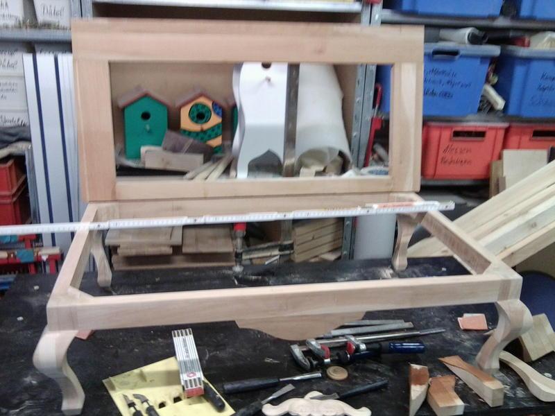 projektvorstellung hundesofa woodworker. Black Bedroom Furniture Sets. Home Design Ideas