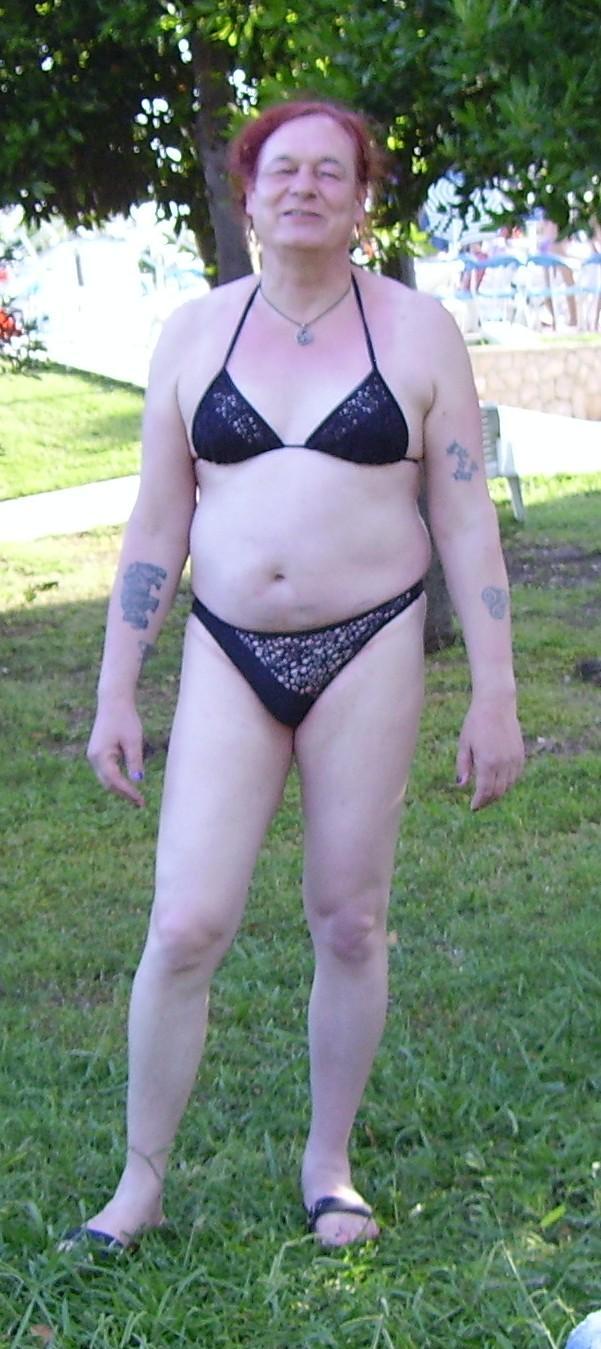erster lesbischer sex mann im badeanzug