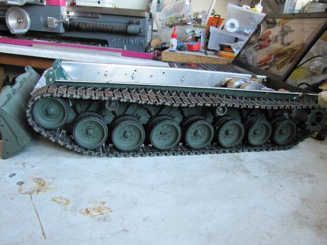 """A """"Bergepanzer Standart"""" gets new muscle 17314514nb"""