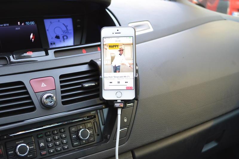 Belgium iPhone Forum - belgium-iphone.lesoir.be • Consulter le sujet - Support voiture pour iPhone 5 (c/s) AUX