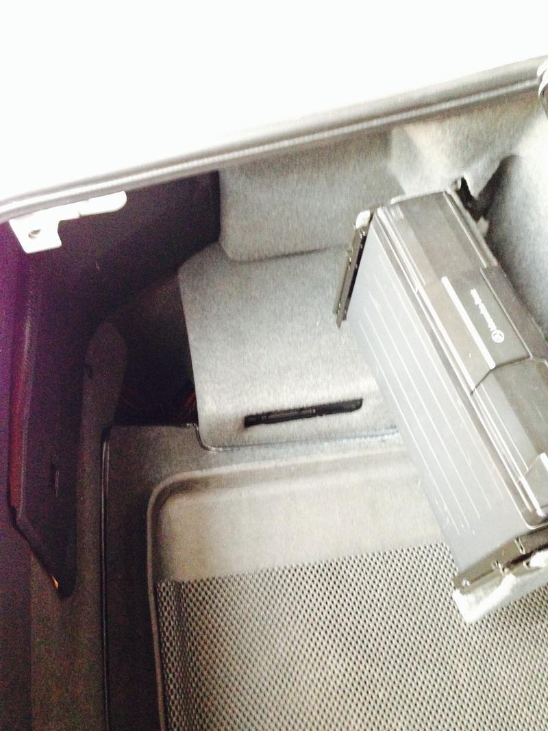 R129SL Roadster - Forum • Thema anzeigen - Kabel verlegen. Anleitung?