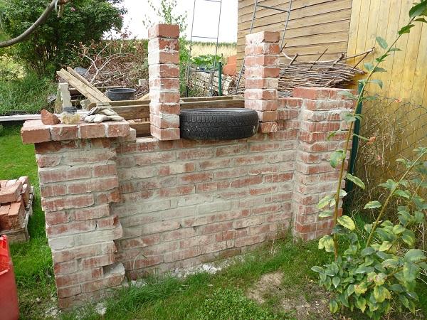 ruinenmauer mit fenster alvar aalto muuratsalo kaufen ruine im garten fr ruinenmauer aus. Black Bedroom Furniture Sets. Home Design Ideas