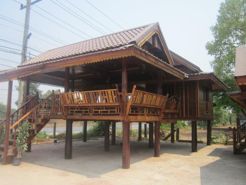 Teak holzhaus thailand forum for Fertighaus auf stelzen
