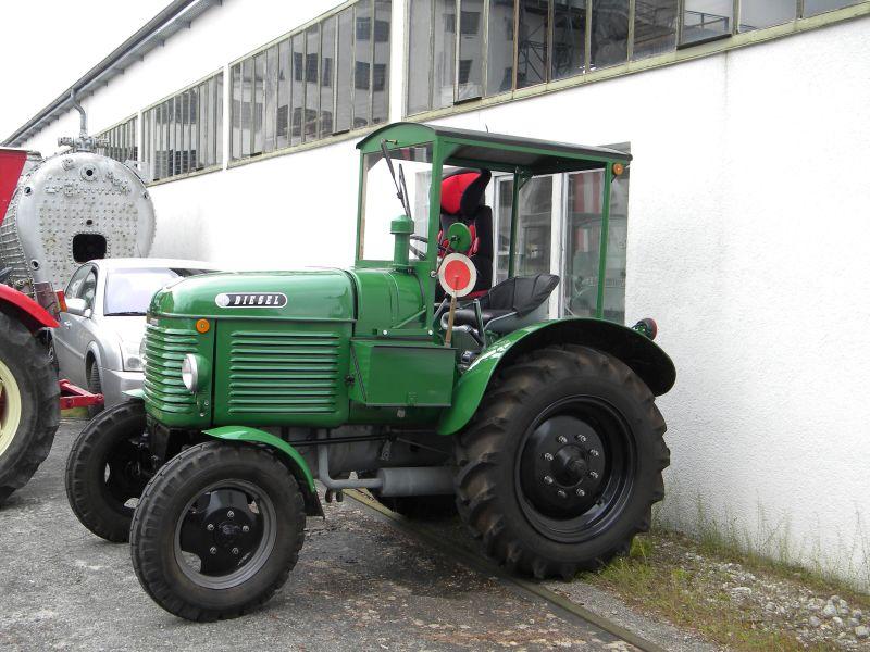 Historische Traktoren bei Saisoneröffnung der ÖGEG in Ampflwang 18230283ng