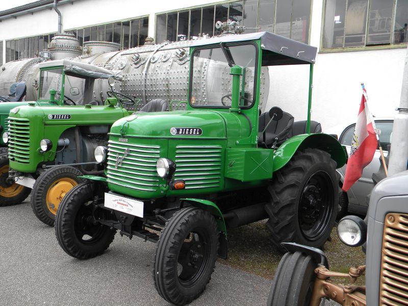 Historische Traktoren bei Saisoneröffnung der ÖGEG in Ampflwang 18230296pr