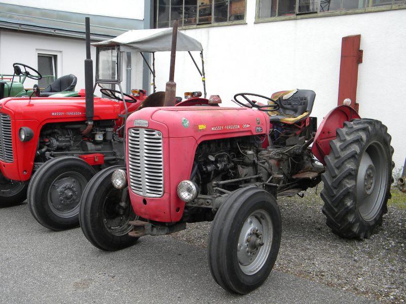 Historische Traktoren bei Saisoneröffnung der ÖGEG in Ampflwang 18230363wd