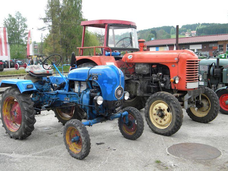 Historische Traktoren bei Saisoneröffnung der ÖGEG in Ampflwang 18230396ah