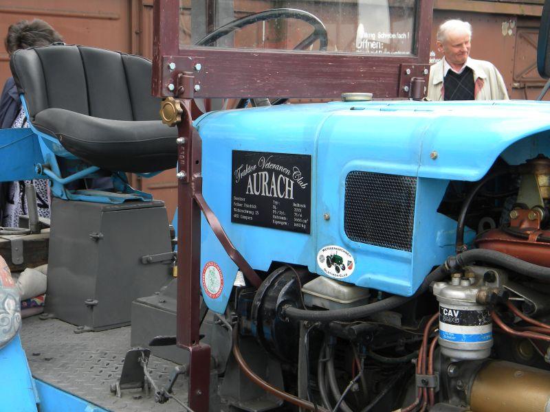 Historische Traktoren bei Saisoneröffnung der ÖGEG in Ampflwang 18230404bq