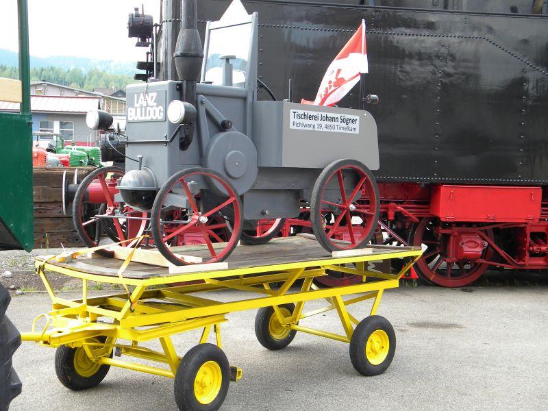 Historische Traktoren bei Saisoneröffnung der ÖGEG in Ampflwang 18230420ik