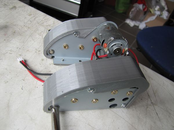 Housing covers for 3:1 steel gears 18291435hu