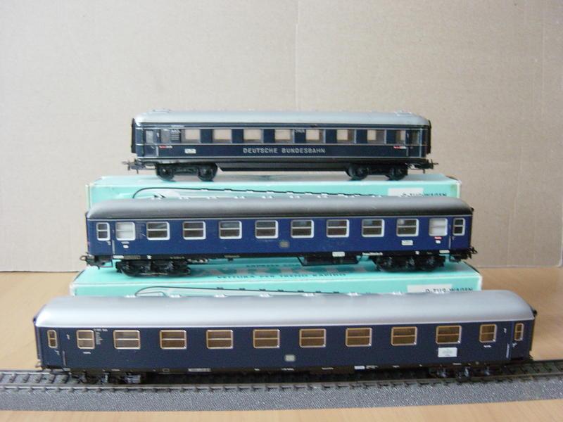 D-Zug-Wagen von 1950-2000 (MÄRKLIN) 18319465tf