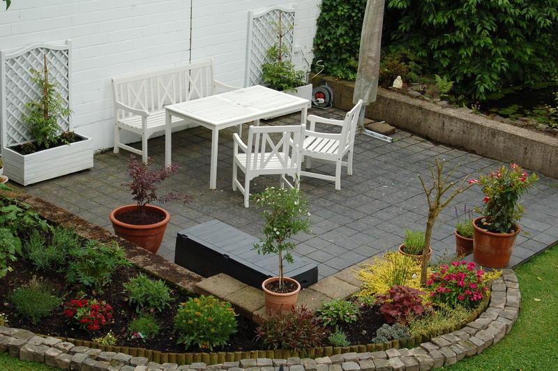 wir w rden uns ber hilfe bei unsrem terrassenumbau freuen. Black Bedroom Furniture Sets. Home Design Ideas