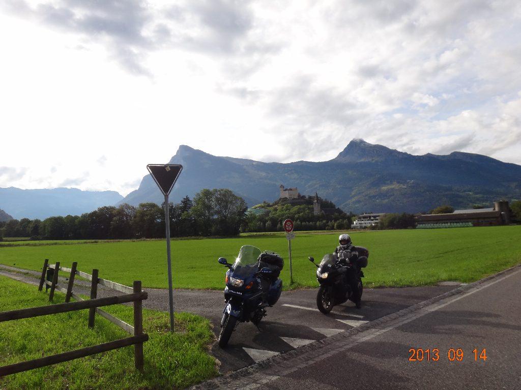 1300ccm unterwegs Ri Dolomiten, hier in Vaduz