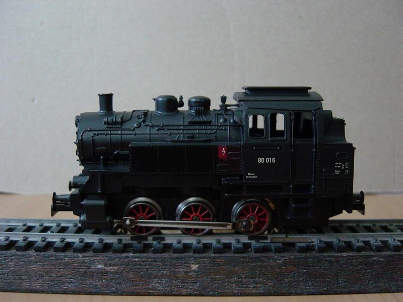 Tenderlok BR 80 (MÄRKLIN) 18578460em