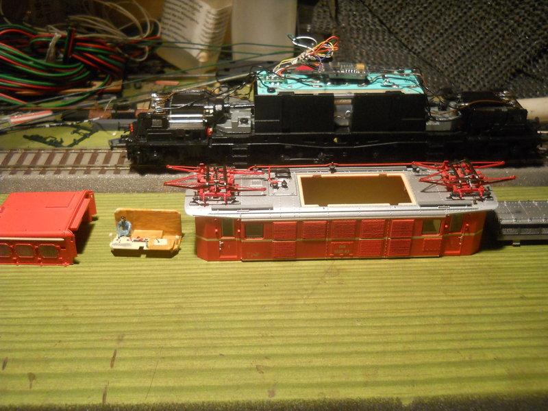 Eine Bludenzer 1020 beim Soundeinbau 18766092md