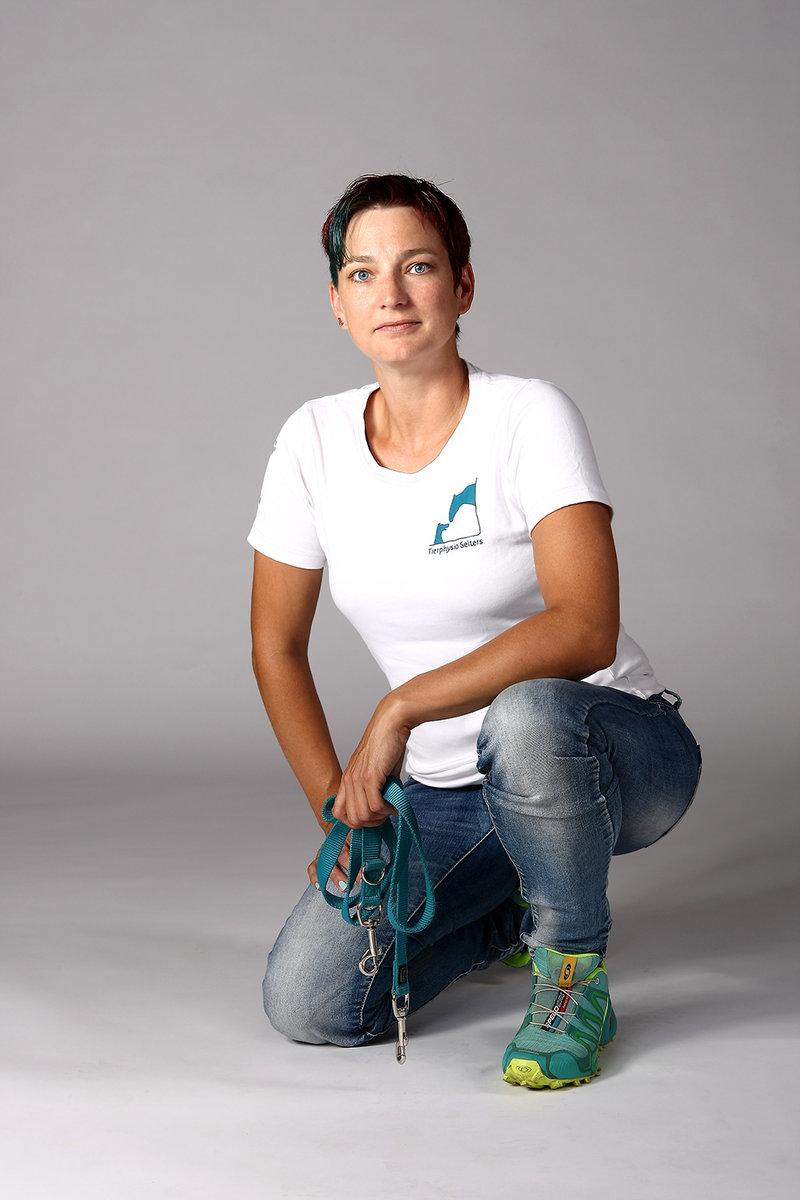 Bianca Wolff - Tierphysiotherapeutin & professionelle Tierbetreuerin