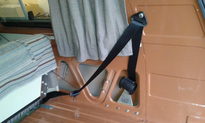 dreipunktgurt hinten die 87. Black Bedroom Furniture Sets. Home Design Ideas