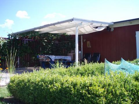 hitze unterm dach der terrasse welche pflanzen vertragen das mein sch ner garten forum. Black Bedroom Furniture Sets. Home Design Ideas