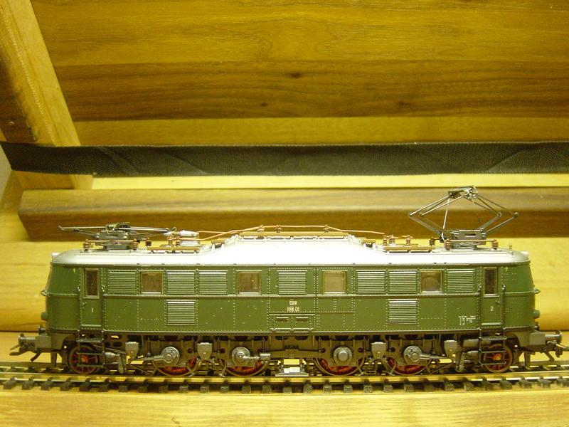 ÖBB 1118.01 (MÄRKLIN Art.Nr.3369) 19748250le