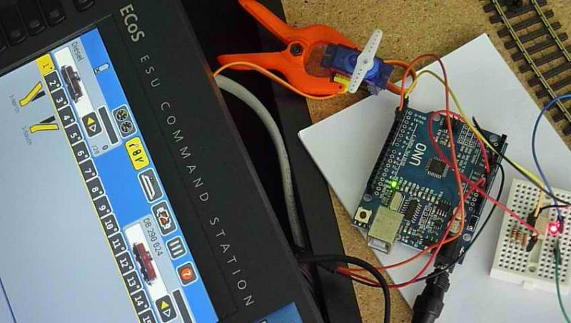 Arduino as DCC servo + function decoder and S88 interface