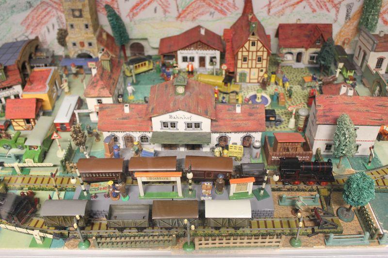Historische Modellbahnen in Berlin 2014 am Sa 25. und So 26.10.2014 19929346mj