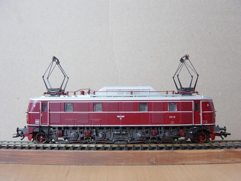 Schnellzuglok E 19.12 (MÄRKLIN Art.Nr.3769) 19950665jg